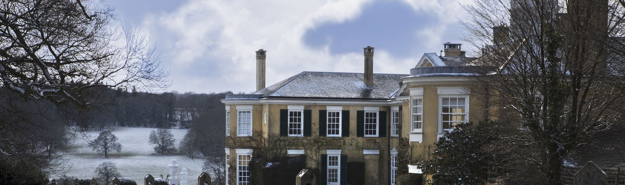 Surrey - Polesden Lacey in the snow